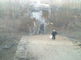 В сети появились фото взорванного моста в Станице Луганской
