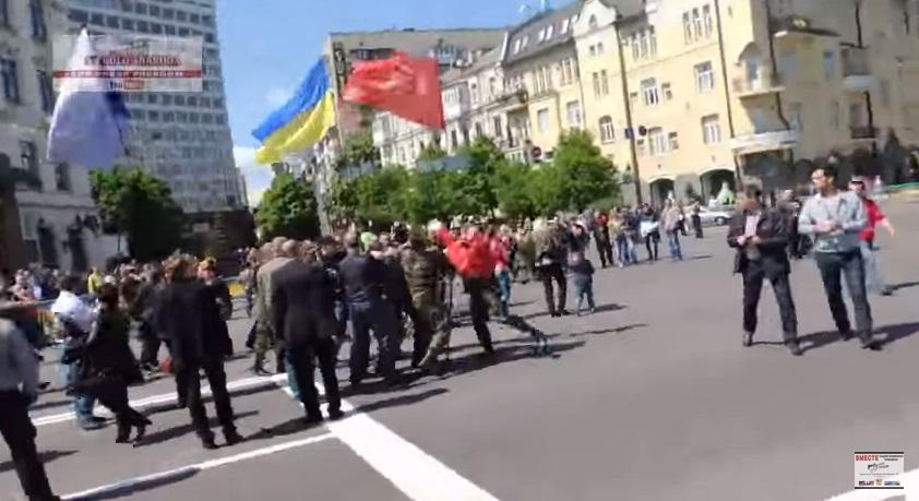 Киевлянка зовет в столицу ополчение