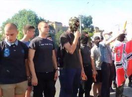 Россия наняла фашистов для пикета собственного посольства