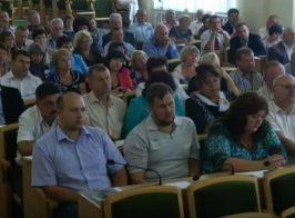 Министры ЛНР отжали «безхозяйный» торговый комплекс «Метро»