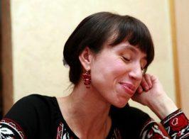 Нардеп Черновол захватила автомобиль и похитила из него 500 $