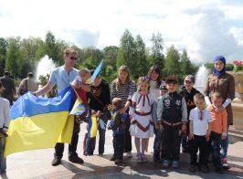 Дети Межигорья поздравили Джамалу с победой на Евровидении