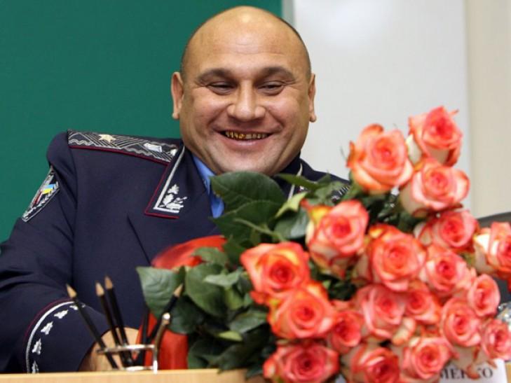 «Железный» генерал Науменко стал в очередь за депутатской неприкосновенностью