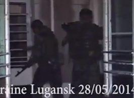«Наши войска станут позади женщин и детей». Видео захвата военной части 3035 в Луганске