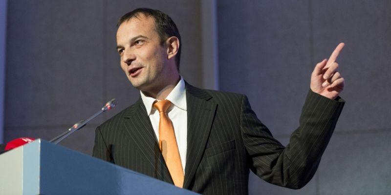 Журналисты отыскали загородный особняк нардепа-антикоррупционера Егора Соболева