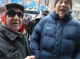 Пикетчки партии «За жизнь» согласились на обрезание за деньги. Видео