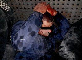 Бойцы под руковоством С. Семенченко жестко избивали и унижали «титушек» в Киеве ради лайков в соц. сетях и 3-х квартир в новострое для командира