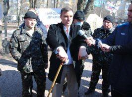 Новые подробности побега сепаратиста Клинчаева. Журналисты нашли нотариуса, заверившего передачу недвижимости родственнице сотрудника СБУ
