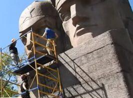 Памятник красноармейцам предложили реконструировать в мемориал ЛГБТ