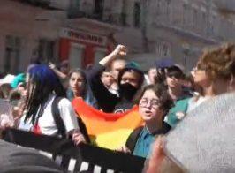 «100 тысяч геев уже стоят в очереди» — участница антигейпарада