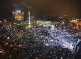 Точка кипения: готовы ли украинцы выйти на массовые протесты? Опрос показал неожиданные результаты