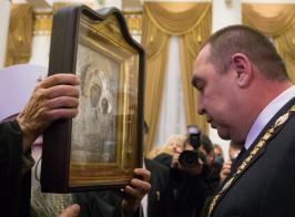Даже на 3-й год войны Плотницкого не заподозрили в создании ЛНР