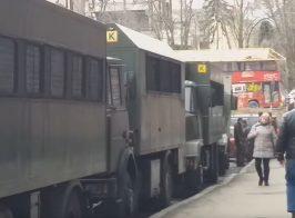 В Киеве у здания ДФС начинается новый «Налоговый майдан»